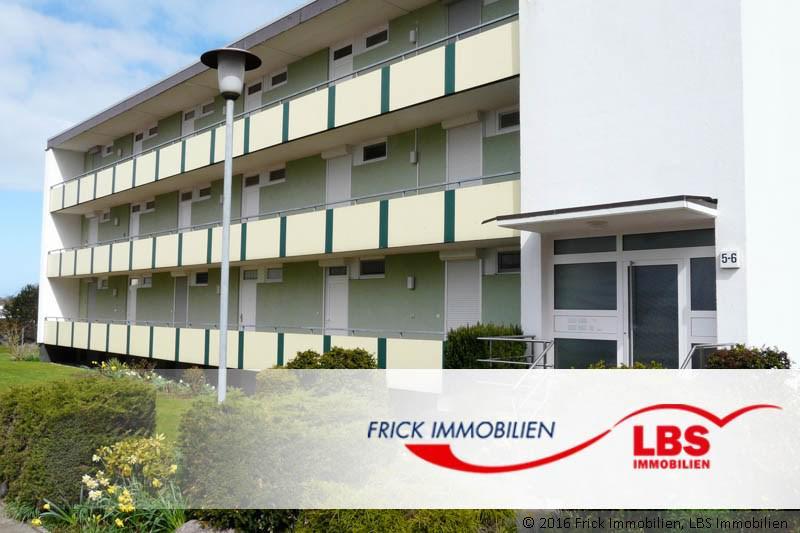 Modernisiertes Ferienwohnung mit Loggia und Teil-Ostseeblick